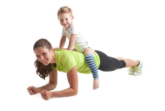 Sport nach der Geburt fit nach der Schwangerschaft abnehmen funktionelles Bauchmuskeltraining