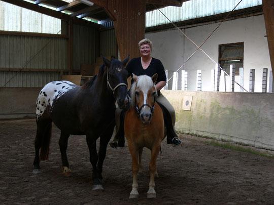 Kurti mit Tanja auf Amor