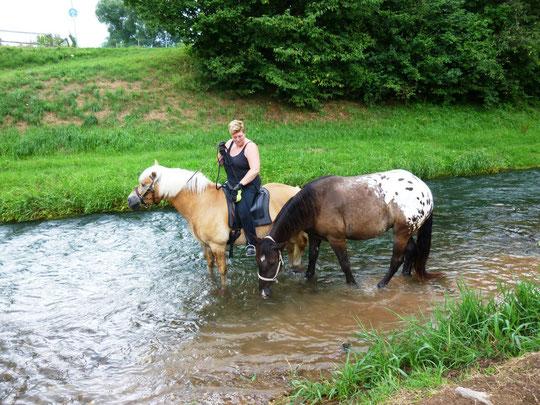 Mit Kurti im Wasser :-)