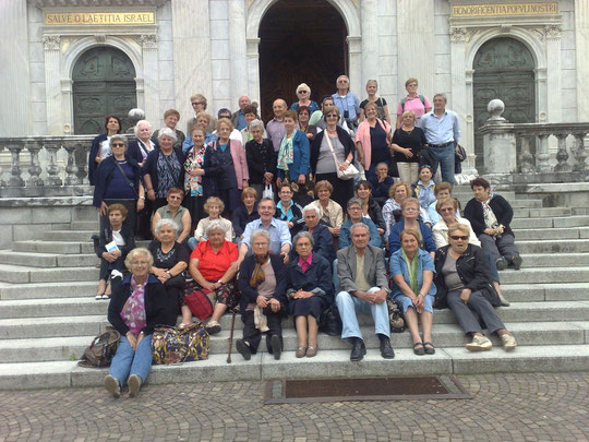 31 maggio 2012 la comunità parrocchiale di Falchera visita il Sacro Monte di Varallo Sesia