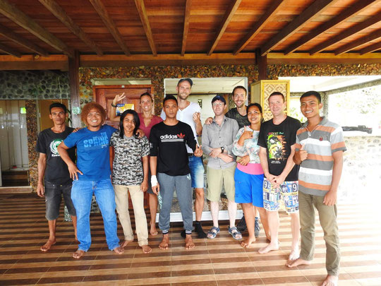 The Sumatra team, us and the staff of the Bukit Lawang Hill Resort. And a small flying snake.
