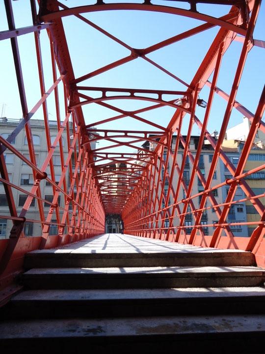 Гид в Барселоне, экскурсии в Жироне. Мост Эйфеля