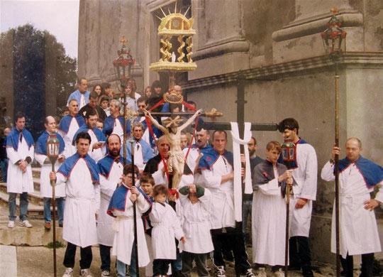 SAN-MARTINO-DI-LOTA Procession (Archives de confrérie)