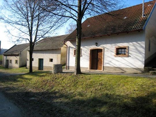 Untere Kellergasse - Süd: v.l.n.r.: Anton Scheiner, Josef Seidl u. Gottfried Wagner