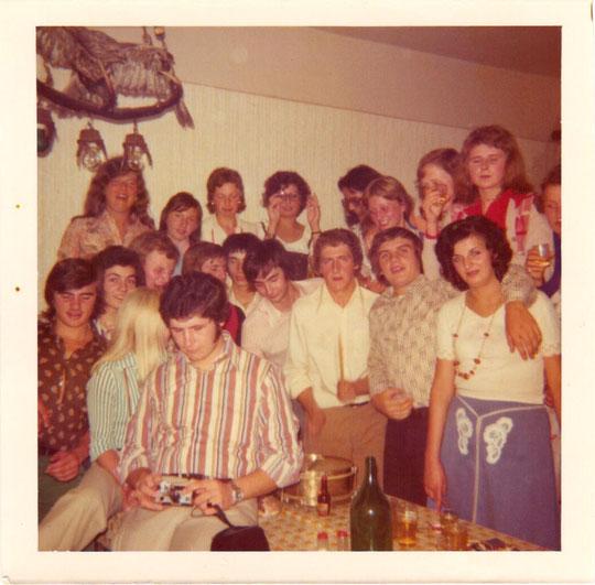 Stupfwein 1974 von Maria Schneider (jetzt Kornek) im Extrazimmer
