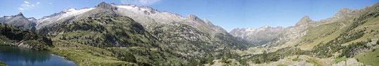 Maladeta-Massiv, links der Pico d'Aneto (Foto: Wikipedia)