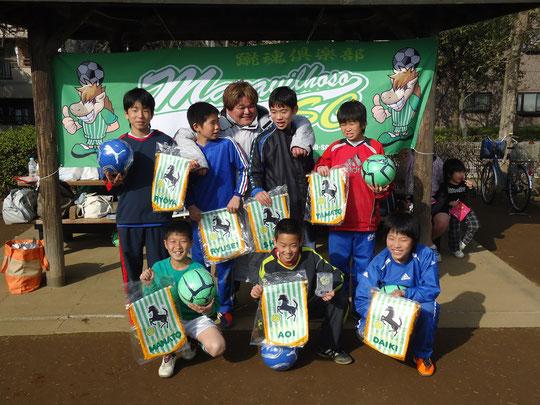 マラビのムードメーカーチーム代表三浦コーチ。