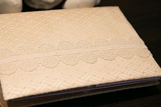カルトナージュで作る、結婚式用ゲストブック