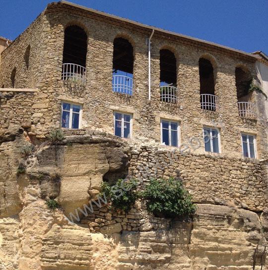 Château de Lauris