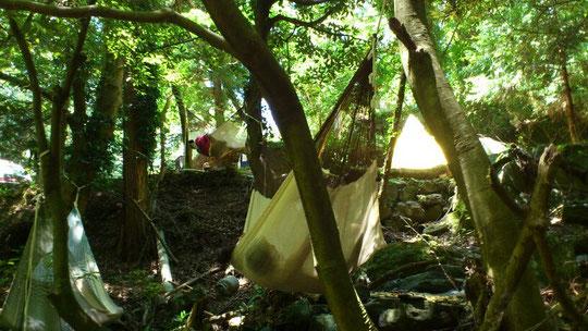 伊豆のキャンプ場でハンモック