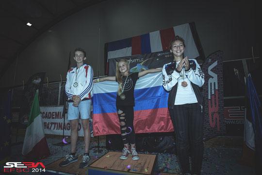 Junior Women Classic podium. Credit : Anthony Finocchiaro