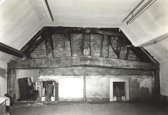 3. Main truss uncovered, 1972