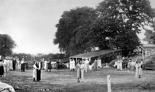 Open-air dancing at Happy Valley (Barrie Geens collection)