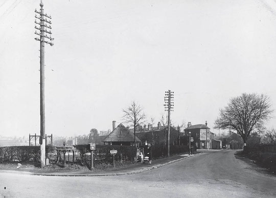 The Recreation Ground and the corner of Westley Road, 1931 (Birmingham Libraries). There is a bakery on the corner.