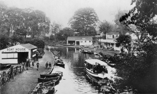 "The pleasure boat the ""Valley Lass"" by the boathouse. Note how much development there is on the south bank. (Barrie Geens collection)"