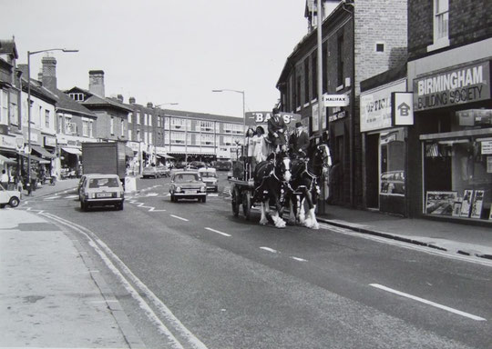 Warwick Road near Station Road, 1980. The Co-op row is visible (the late Mike Wood)