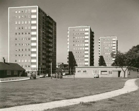The new towers, and the Fox Green Tenants Hall (Birmingham Libraries)