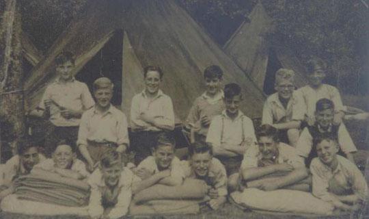 Summer harvest camp near Presteigne, 1948 (thanks to Arthur Gardner)