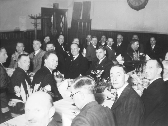 Gold's Old Boys reunion dinner, 1955? (Christine Jennings)