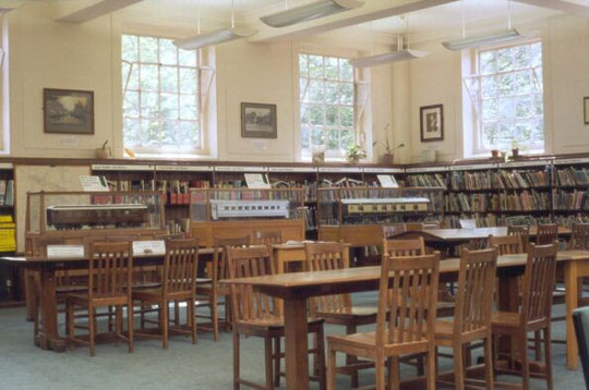 The Study Area in 2005 (formerly the Children's Library), also used for concerts until 2012