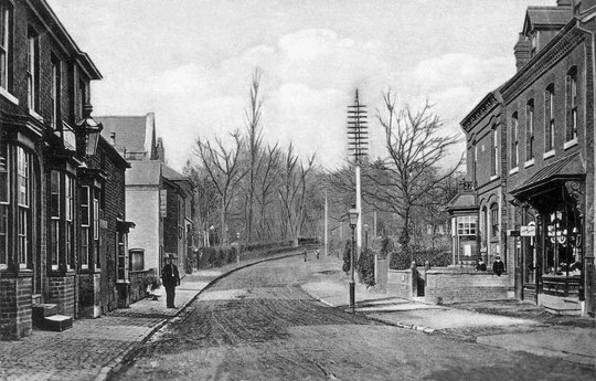 Looking back to Dudley Park Road, c. 1905