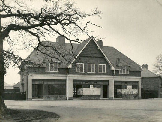 New shops, Shirley Road, February 1932 (Birmingham Libraries)