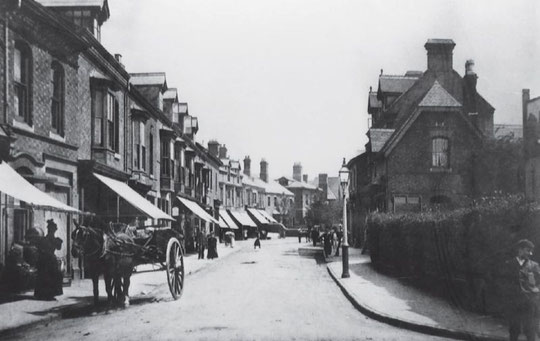 Cliifords' house on the right. Their butcher's shop was beyond. The bank premises have not yet been built.