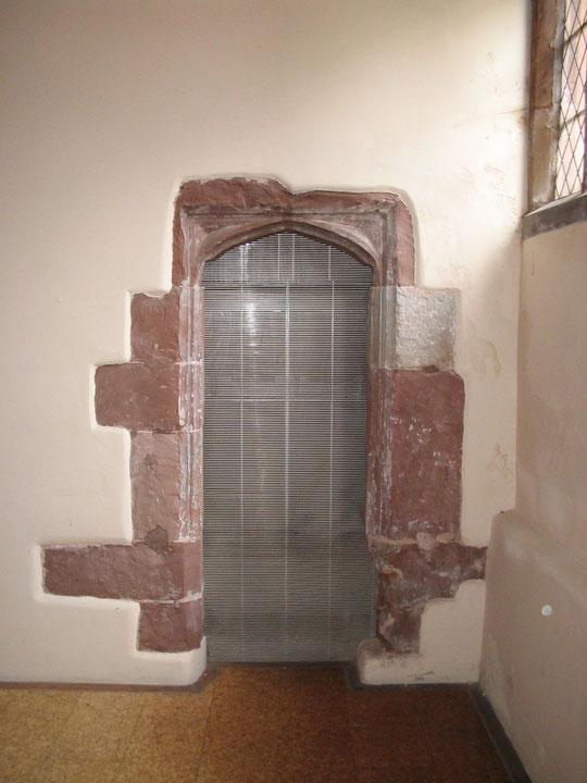 blocked-up doorway, July 2007