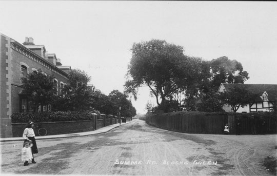 An Edwardian view. the cottage on the right housed the kennelmaster for Fox Hollies Hall.