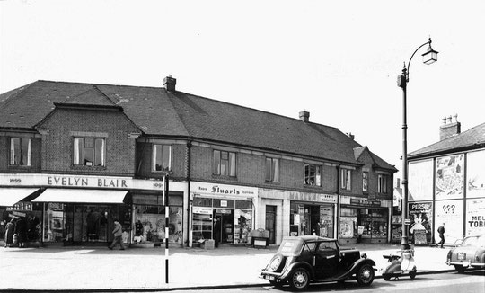 1091 Warwick Road in 1957, by then in the hands of H. Davis (Birmingham Libraries)