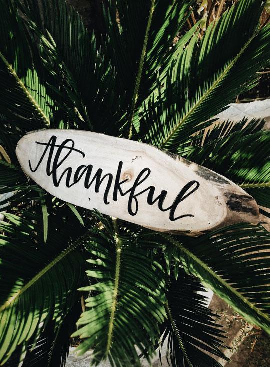 Dankbarkeit - So ziehst du Gutes in deinem Leben an. Danke Tinainthemiddle :)