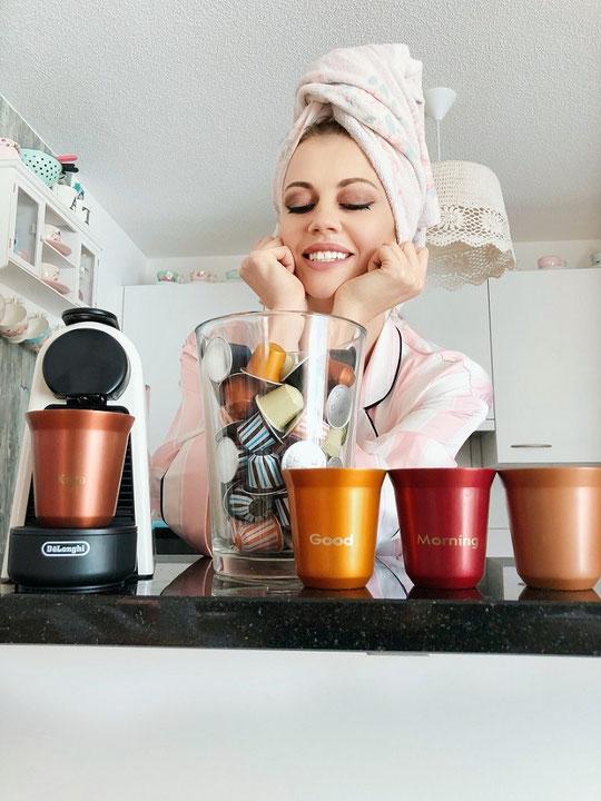 Nespresso, what else? Ich liebe Geor..., äääh ich meine Nespresso! Die Tea auch! Sie zeigt ein Paar News auf ihrem Blog.