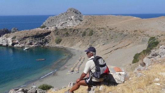Blick auf den Strand von Agios Pavlos
