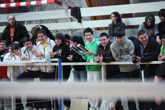 Héctor, Estefania, Kevin, David, Adrian, Carla, Dani, Adrian, Pelayo y Manolo (de izquierda a derecha)