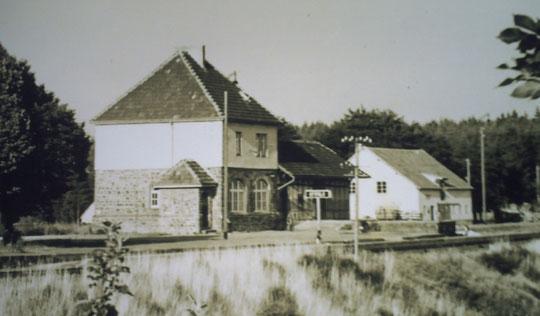 Der Bahnhof von Üttfeld anno ...?