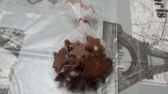 Des petits biscuits de Noël au chocolat!