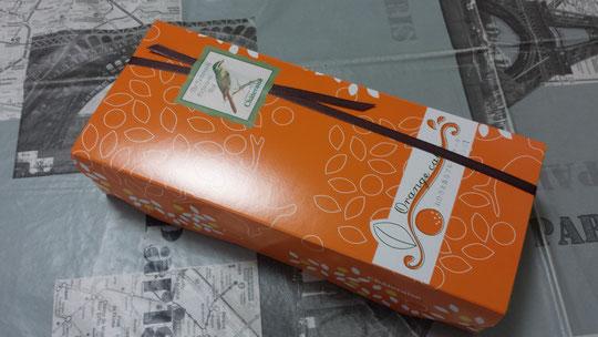 Des gâteaux au chocolat blanc et à l'orange