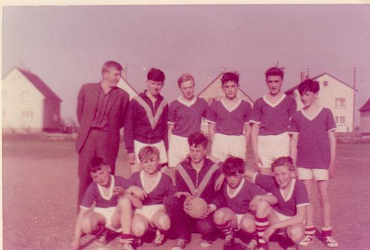 Ein Bild einer TSG-Jugendmannschaft aus dem Jahre 1963. Wer kennt jemanden?