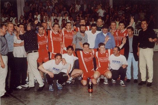 Regionalliga-Meisterschaft 1999/2000 - wer bekommt die Namen zusammen?