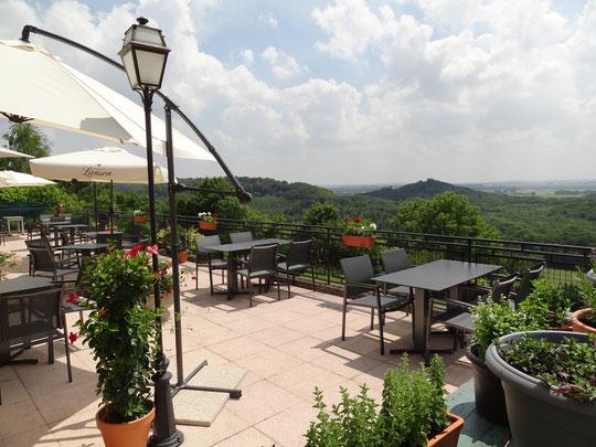 Terrasse végétale sur panorama féérique