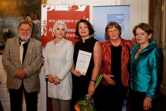 von li nach re: Karl W. Löff, Maresa Hörbiger, Mag. Alexandra M. Löff, Milu Löff-Löffko, Mag. Annemarie Kahr