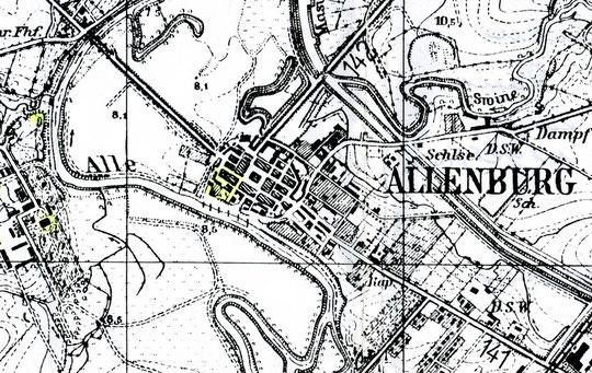 место положение 2 замка в юго-западном углу города.