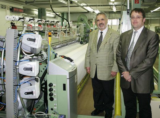 22.Oktober 2010 - Jens Gerster und Adnan Wahhoud Anlaesslich der Uebergabe der ersten Stick-Webmaschine