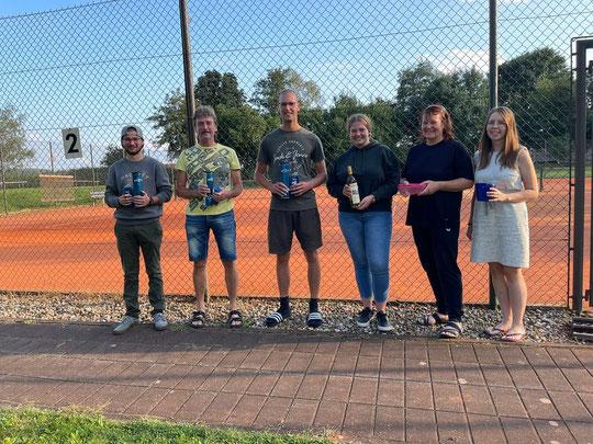 von links: Kay Ehmann, Gerhard Wank, Patrick Miller, Nina Dietmayer, Manfreda Miller und Elisa Ehrenhuber