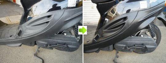スクーターの樹脂ボディ部分の艶(ツヤ)復元コーティング施工前後比較写真