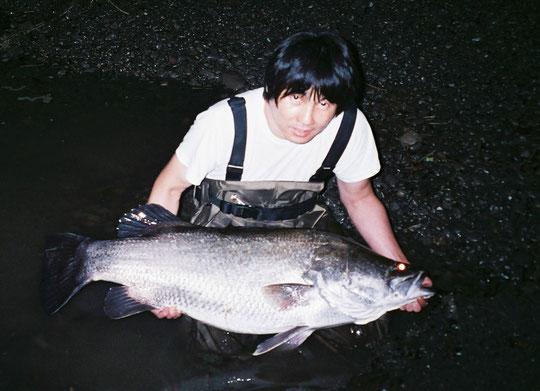 彼はメーターオーバーを釣ったらアカメ釣りはやめる決意と語った。