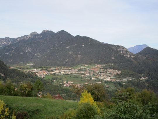 Vesio di Tremosine (anno 1964 / area intorno alla chiesa)