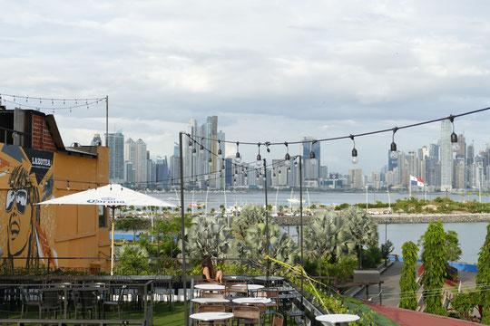 Lazotea Rooftop Bar Panama City Drinks Party Food