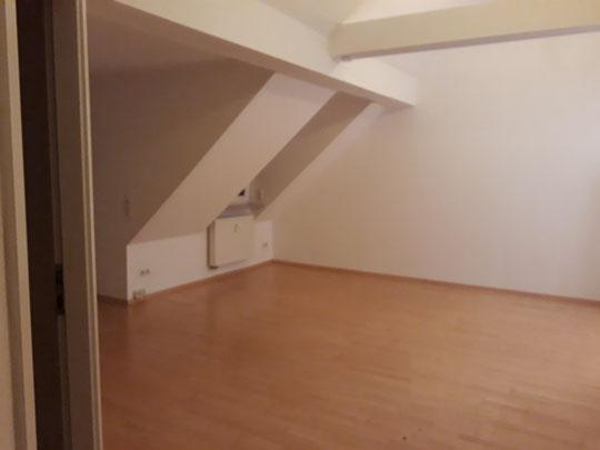 Erste eigene Wohnung