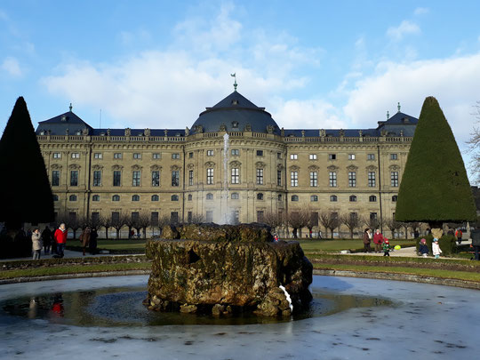 Würzburg Residenz Residenzgarten Brunnen